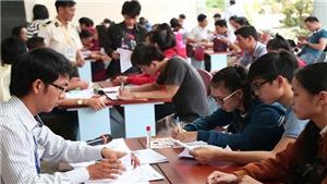 Lý giải điểm chuẩn xét tuyển đại học tăng đột biến ở một số ngành học
