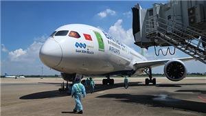 Tuyển Việt Nam về nước trên máy bay Bamboo Airways