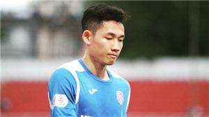 Cầu thủ Than Quảng Ninh buồn bã vì số phận đội bóng