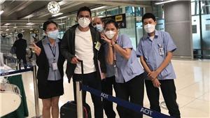 HLV Kiatisuk về đến Thái Lan sau hành trình đáng nhớ