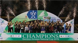 Văn Quyết giúp Hà Nội FC hoàn tất cú đúp quốc nội