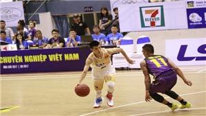 VBA 2017: Hochiminh City Wings 74-81 Hanoi Buffaloes: Hochiminh City Wings gục ngã ở cuối trận