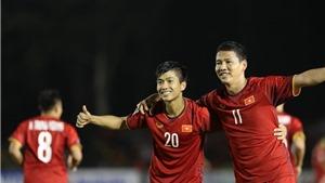 Thày trò HLV Park Hang Seo được chào đón nồng nhiệt tại Malaysia