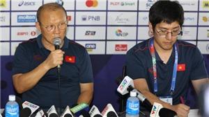 Phóng viên Trung Quốc xin lời khuyên của ông Park về cách làm bóng đá