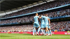 CĐV Arsenal quay sang ăn mừng, cổ vũ cho... Man City