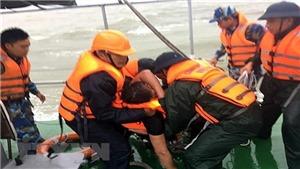 Cứu sống 12/13 thuyền viên trên tàu Thành Công 999 bị chìm ở vùng biển Hà Tĩnh