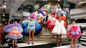 Tuần lễ thời trang New York 'căng mình' tìm lại ánh hào quang trong nghi ngại