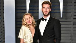 Miley Cyrus chia sẻ khoảnh khắc 'lầy lội' hiếm hoi với hôn phu Liam Hemsworth