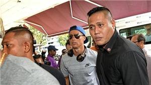 Ronaldo gây náo loạn khi tới thăm ái nữ nhà tỷ phú Singapore