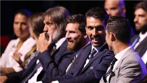 Fan xôn xao với nụ cười 'ác quỷ' của Ramos khi Ronaldo bắt tay Messi