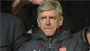 Arsenal bị thổi phạt đền 2 lần, Wenger mắng cầu thủ, tránhđổ lỗi cho trọng tài