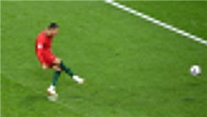 Ronaldo sút hỏng penalty vì bắt chước Messi, không chịu nổi áp lực từ... Harry Kane