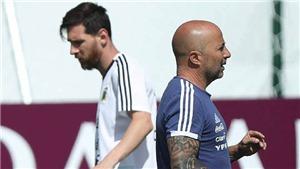 Messi đã nói gì với Sampaoli sau khi Argentina thua sấp mặt trước Croatia?