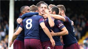 CĐV Arsenal choáng với pha phối hợp ghi bàn như… trong game của Aaron Ramsey