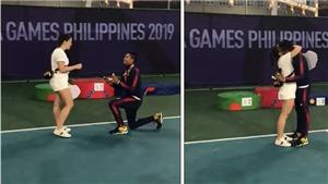 SEA Games: VĐV quần vợt gây xôn xao với màn cầu hôn bạn gái xinh đẹp ngay trên bục huy chương