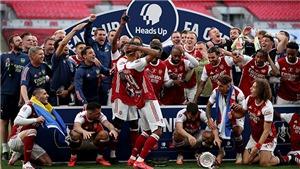 Bóng đá hôm nay 2/8: Aubameyang làm rơi cúp FA. Immobile giành Chiếc Giày Vàng châu Âu