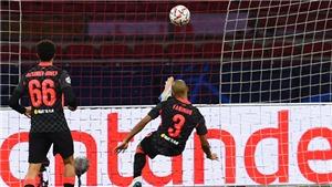 Fabinho thay thế hoàn hảo Van Dijk, được gọi là trung vệ xuất sắc nhất thế giới