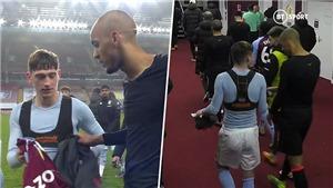 Sao trẻ Aston Villa gây sốt khi đổi áo với Fabinho rồi… đòi lại