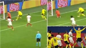 Haaland gây phẫn nộ vì ăn mừng kiểu chế nhạo thủ môn