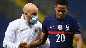 Tin bóng đá MU 29/3: Martial và Pogba báo tin xấu, Milan ra giá mua đứt Dalot