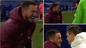 Fan Real nổi giận khi Hazard cười đùa với cầu thủ Chelsea dù bị loại