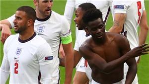 Tin EURO 23/6: Mbappe nhận nhiệm vụ mới ở tuyển Pháp. Saka gây cười với màn cởi áo
