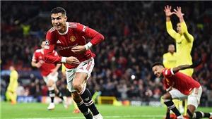 Bóng đá hôm nay 30/9: Ronaldo lập loạt kỷ lục C1. Van de Beek tức giận với Solskjaer