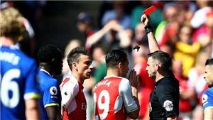 Arsenal xếp thứ 5 chung cuộc, mất luôn Koscielny ở Chung kết FA Cup