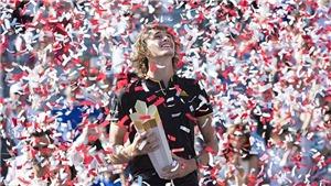 TENNIS ngày 14/8: Zverev đánh bại Federer, lên ngôi tại Rogers Cup. Sharapova tiết lộ sốc trong hồi ký