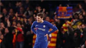Fabregas bị chỉ trích nặng nề trong tình huống dẫn tới bàn thắng của Messi