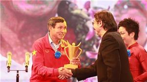 HLV Mai Đức Chung giành giải HLV xuất sắc năm 2017