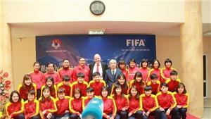 Chủ tịch FIFA đưa ra lời khuyên cho bóng đá Việt Nam