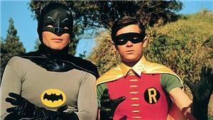 Adam West, người thổi hồn cho Batman cả cuộc đời, vừa ra đi