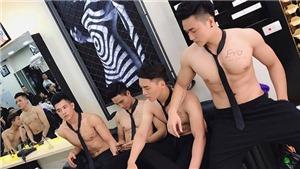Báo Hàn Quốc 'sốt' với dàn mỹ nam Việt ngực trần phục vụ tiệm tóc
