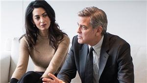 George Clooney thề sẽ kiện những kẻ 'trèo rào, leo cây' săn ảnh cặp song sinh