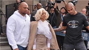 Cardi B bị buộc tội hành hung trong vụ đánh ghen ở câu lạc bộ thoát y
