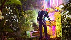 Elton John ra thông điệp về lòng khoan thứ trong liên hoan Montreux đầu tiên và cũng là cuối cùng của ông