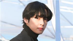 Mới giữa năm, V BTS đã lần thứ ba được vinh danh là 'Gương mặt đẹp nhất thế giới năm 2020'
