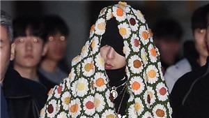 Fashionista G-Dragon mặc áo bông giữa trời nóng thiêu đốt