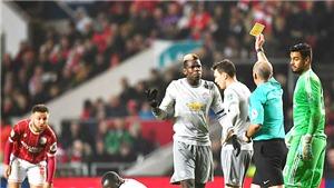 M.U: Paul Pogba lại vào bóng nguy hiểm, đá xấu, đáng lẽ nhận thẻ đỏ