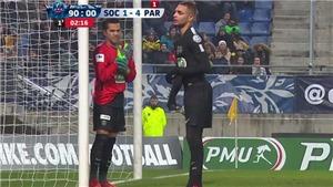 Di Maria lập hat-trick cho PSG trong ngày Dani Alves làm... thủ môn