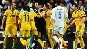 Vén màn lý do thực sự khiến trọng tài Michael Oliver đuổi Buffon
