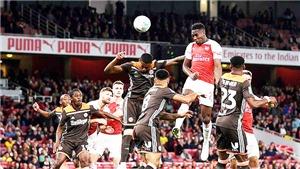 Video Arsenal 3-1 Brentford: Welbeck rực sáng, Pháo thủ thẳng tiến