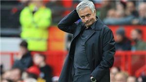 Mourinho trừng phạt Pogba, và đối mặt áp lực ngàn cân ở Old Trafford