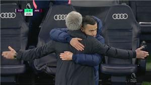 Tottenham 2-0 Arsenal: Son lập siêu phẩm, Mourinho ăn mừng như… Ibrahimovic