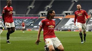 Tottenham 1-3 MU: Hãy giữ Cavani, nếu có thể