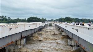 Hàng chục nghìn người phải sơ tán do vỡ đập tại Myanmar
