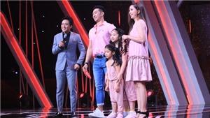 Tập 3 'Người ấy là ai': Bị khán giả nghi giới tính thứ 3, chàng trai xuất hiện với vợ và 2 con gái khiến Hương Giang, Trấn Thành 'té ngửa'