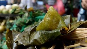 VIDEO: Xóm bánh ú Sài Gòn chạy hết công suất mua Tết Đoan Ngọ