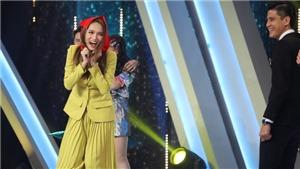 Xem 'Người ấy là ai' tập cuối: Hương Giang hóa cô bé quàng khăn đỏ tấn công 'trai đẹp'